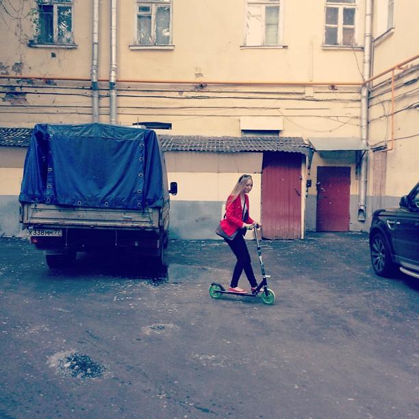 #пленэр #москва #самокат