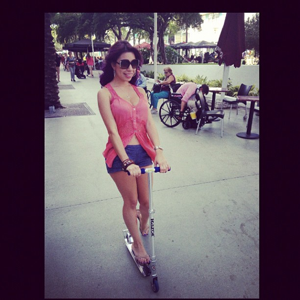 Lincoln road fun #razorscooter #familyday #sundayfunday