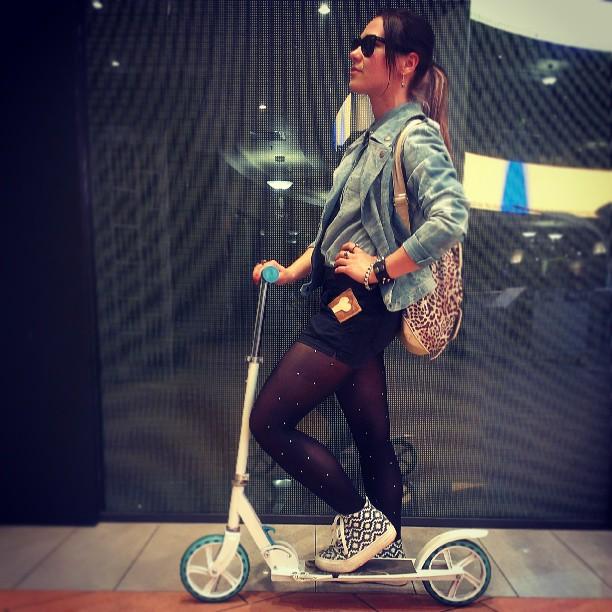 Каталась в институт, а потом кино смотрела) #самокат #scooter #атриум #летопришло
