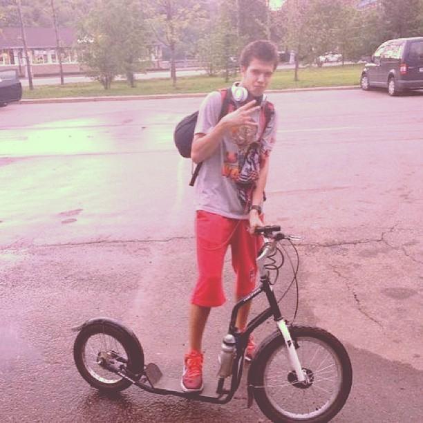 #самокат #угон #езда #колёса #вгтуса