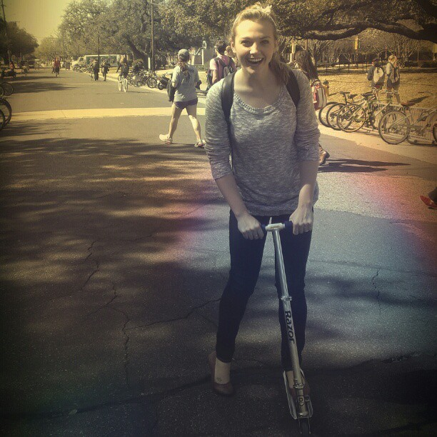 Erica knows the best way to get to class #berkie #baylor #razorscooter
