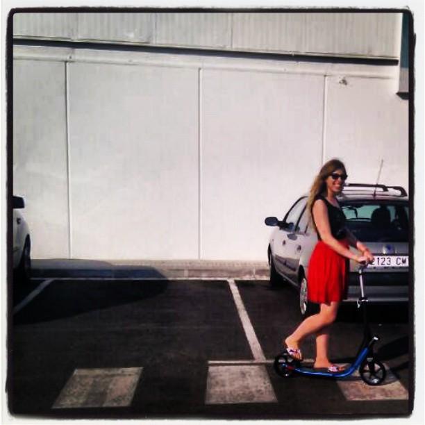 Sobre dos ruedas!! #scooter #patinete