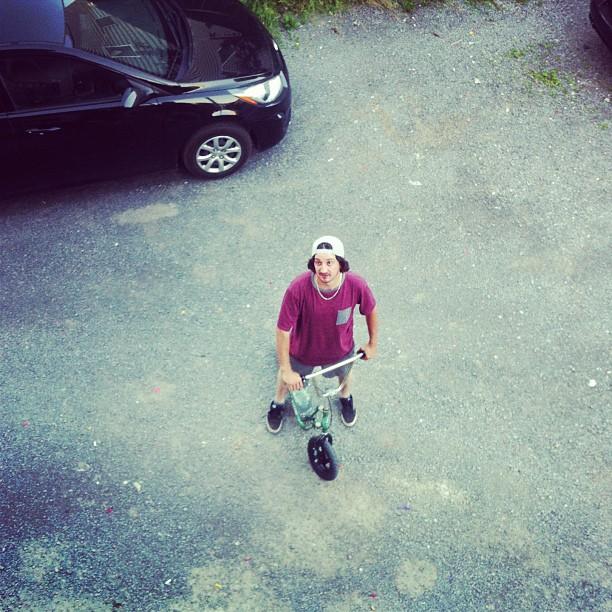 Comme un enfant! #trotinette#kids#fun @nic_houle