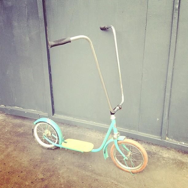 Кинг оф скутерз. #самокат #scooter #citycycle #citycyclemoscow #custom #ussr #vintage #nofuturetokyo #nft