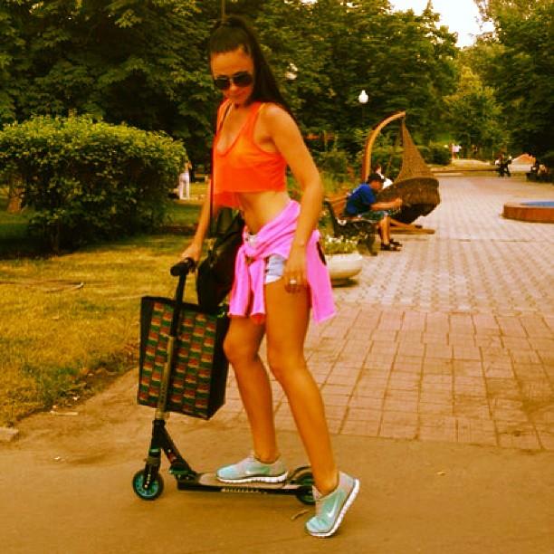 #фитнес#спорт#fitnessgerl#gym#sport#fitness#nessia#красота#photoday#body#здоровье#энергия #love#лето#самокат