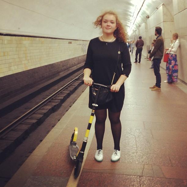 Рассекаю метро, как настоящий профессионал.