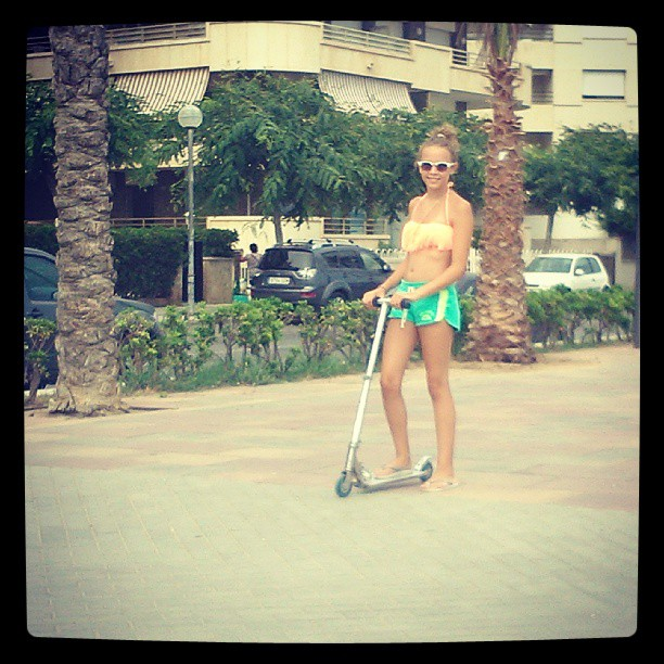 #instacool #me#my#birthay#happy#good#instagram#instapet#beach#hipster#scooter#bikini#patinete#beach#sea