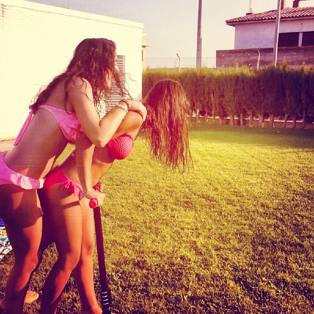 @luciapablogil#me#pool#summer#patinete#Fustiñana#Navarra