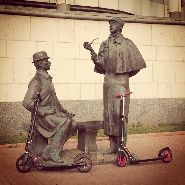 #SherlockHolmes #Dr.Watson #letskick #moscow #porusski #russia #scooter #sport #самокат #холмс #москва