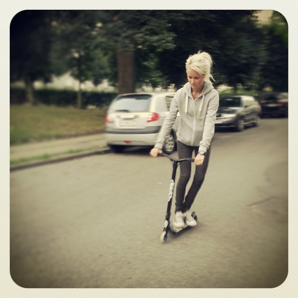 Ubbe på mit nye #district #v4 #scooter #street #skate #fun #play
