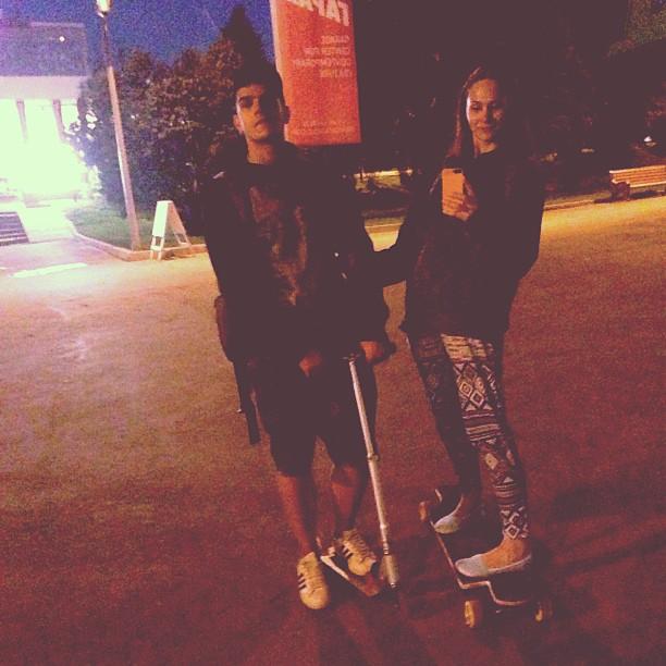 #стеклянныйкуб #паркгорького #пг #hipster #longboard #scooter #couple #selfie #selfshot #лонгборд #самокат