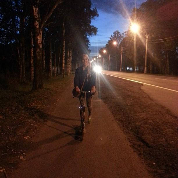 Вечер 31 августа-самое время подумать о летнем транспорте:)) #самокат