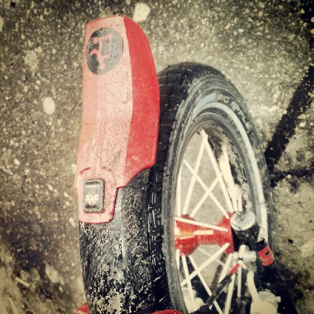 #Самокат #letskick #дождь #грязь