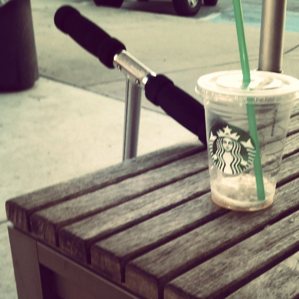 A looong way home #starbucks #kickscooter #scooter