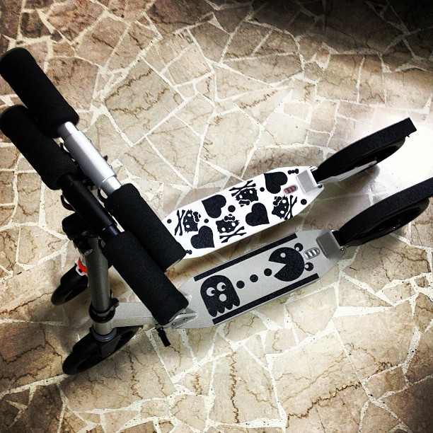 Our new rides, self customized grip tapes for a better ride ? #kickscooter