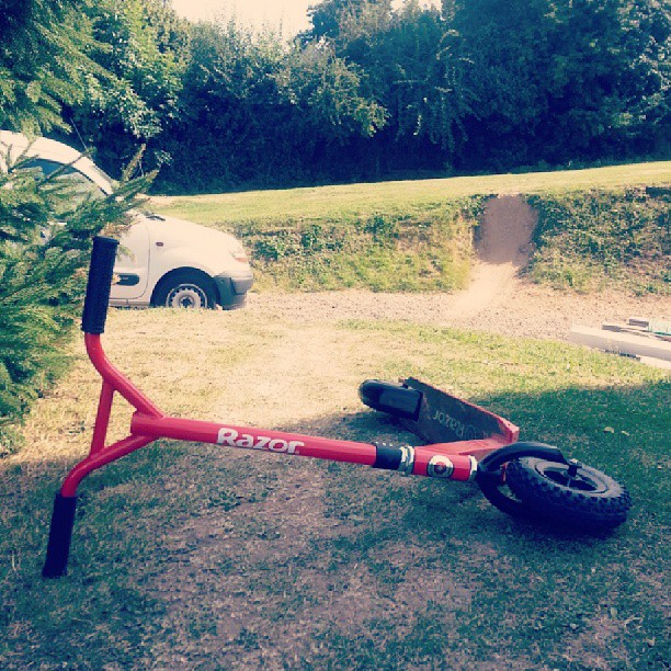 #aprem #posey #trotinette #freestyle #dirt #scooter #razor #rouge
