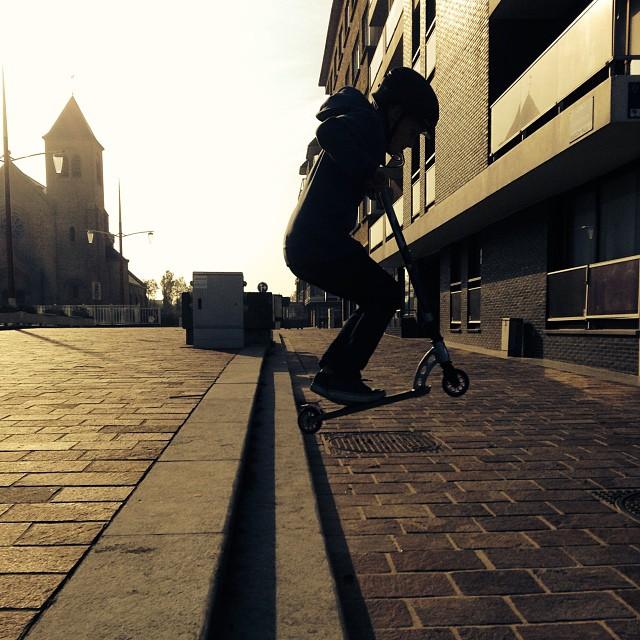 #bg#saut#en#Trotinette#Flip#