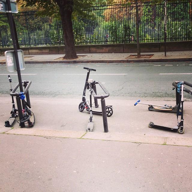 Ça se passe comme ça sur la capitale! #lycee #transport #trotinette #swaggmontaigne