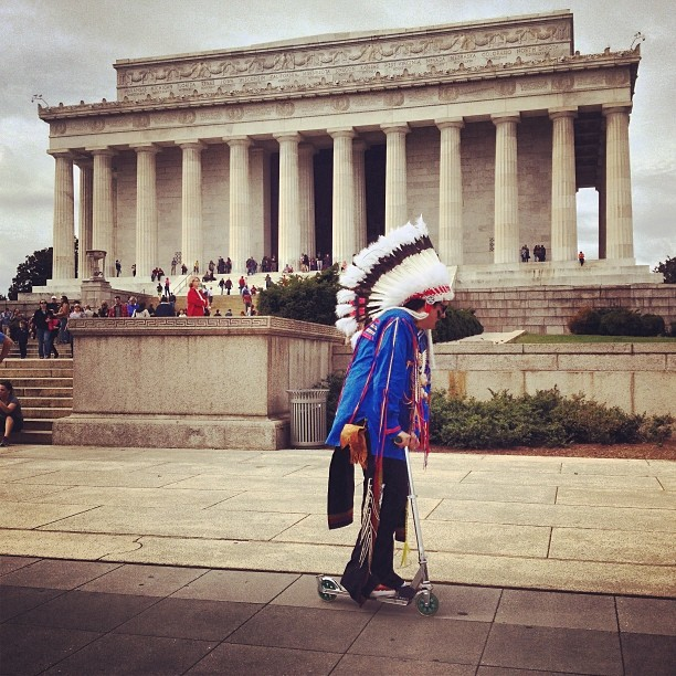 @Thelastamericanindianonearth strikes again! This time we're at the #LincolnMemorial, Gregg is making use of the #razorscooter, headed to the natural history museum next!