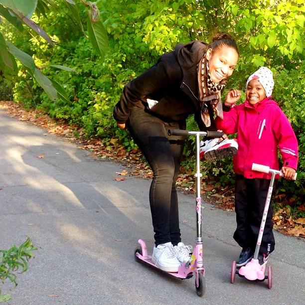 #sparkcykel #kickbike #mom #daughter #noëlla #stockholm #sweden #family #love