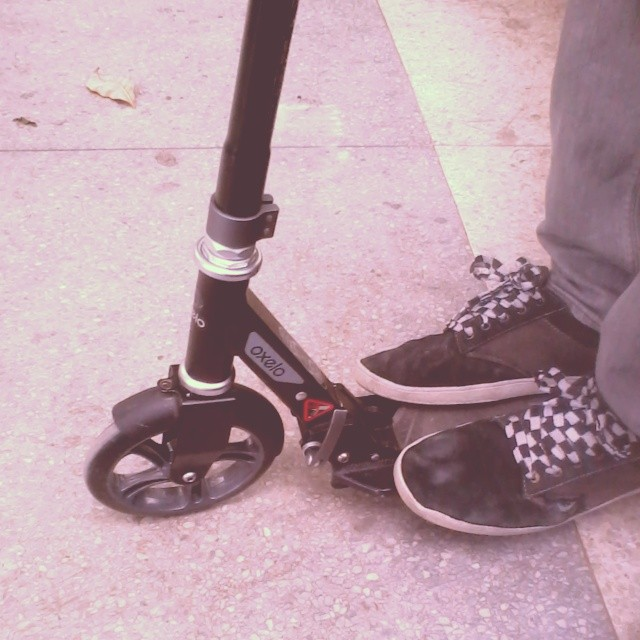 lest go. #patinete #oxelo #monopatin #road #shoes #skate #loveskate #friend