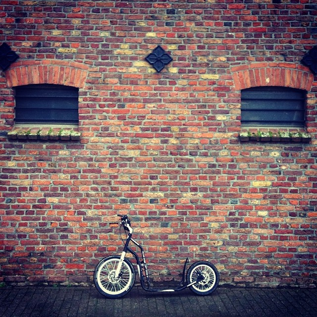 #oldbricks and #kickbike near Neuss #ig_koeln #koelnergram #architecture