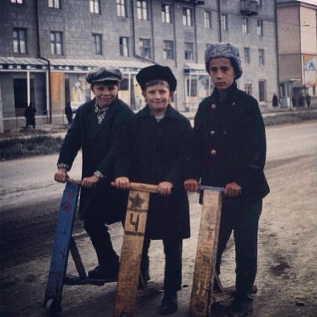 Банда на самокатах. Середина 60х#ссср #коммунизм #история #ретро #ностальгия #советский #ussr #soviet #самокат