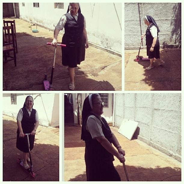 #TitiaDoConvento voltando a ser #Criança !! S2 #Patinete