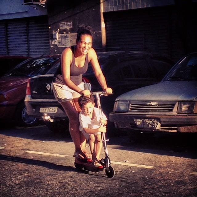 #partiu #patinete #patineteMotorizado #acentroDoRio #CentroRio #CentroRJ #Carona @tatiana_neves #Zuando