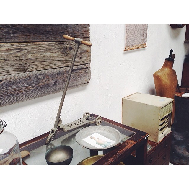 a very tiny kick scooter!!!#squaready #vscocam #antique #zakka #kickscooter #taipei