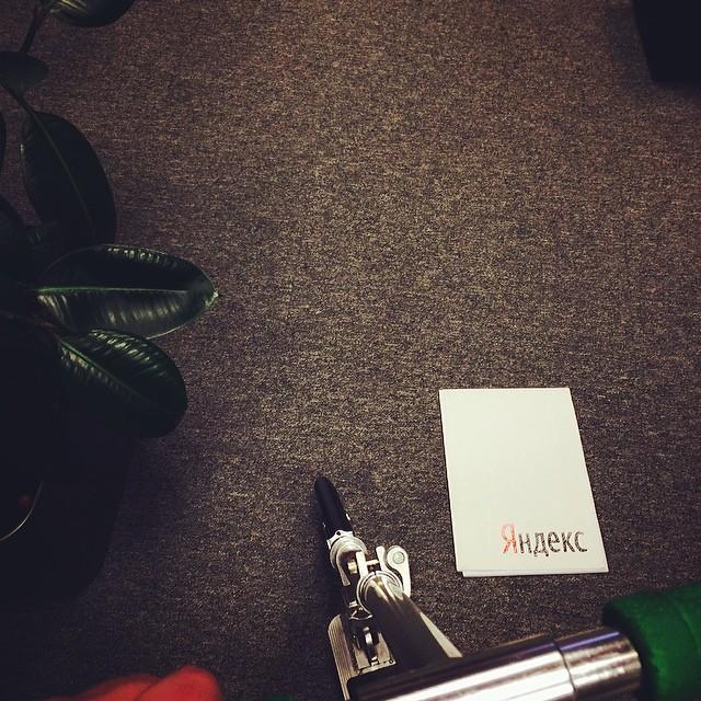 Катался по офису Яндекса на самокате;) #яндекс #самокат #ночнойбеспредел #съелвсепеченьки