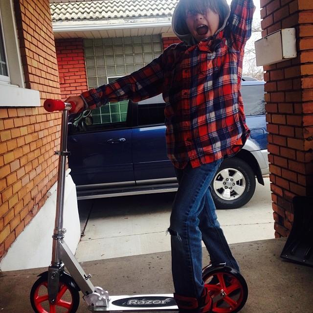 New #razorscooter for Kessler!