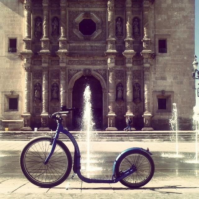 #kickbike #fromfinlandwithlove #kickforward #cuu #catedral