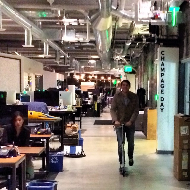 #dropbox #office  #sanfrancisco #patinete #scooter #comounniño