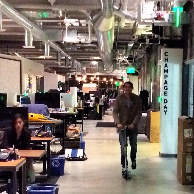 #dropbox #office  #sanfrancisco #patinete #scooter #comounniño