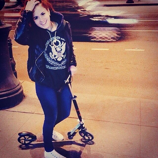 #самокат # девушка #невский #nevsky #girl #scooter