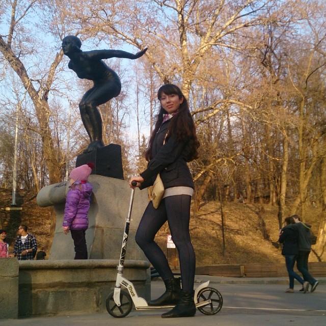 Мы как обычно за спорт)) а после спорта - за вареники!)))
