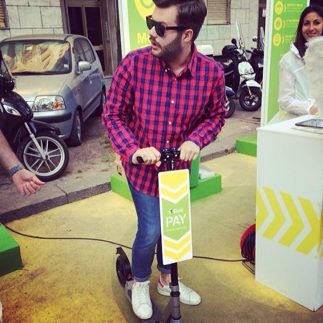 Ready to drive my new #monocycle #funny #beard #beardo #monopattino #salonedelmobile #fuorisalone2014 #design #art #ciaoproprio #love