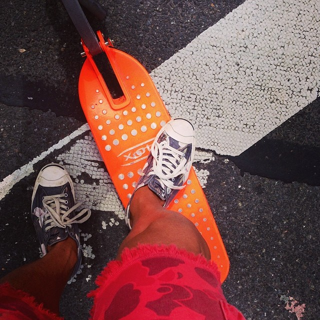 Perfect day to ride my scoots #xootr #gant #converse #jackpurcell
