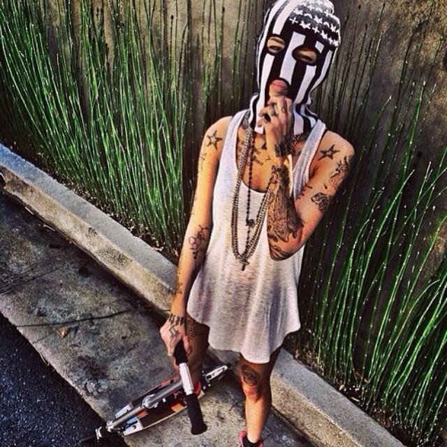 #тату #татуировка #рукав #майка #лето #парень #самокат #спорт #солнце #маска #tattoo #hand #summer #sun #sea #worldoftattoo